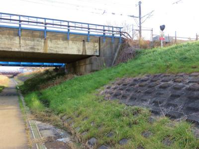 擁壁と橋桁7